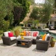 Agata Outdoor 4-piece Wicker Chat Set with Cushions