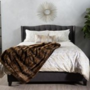 Sarah Fully Upholstered Grey Fabric Queen Bed Set