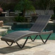 Zanna Outdoor Wicker Chaise Lounge